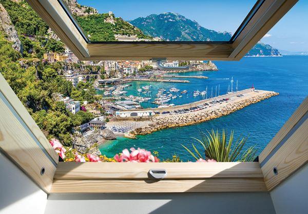 Obrazek Widok z okna na morze i góry