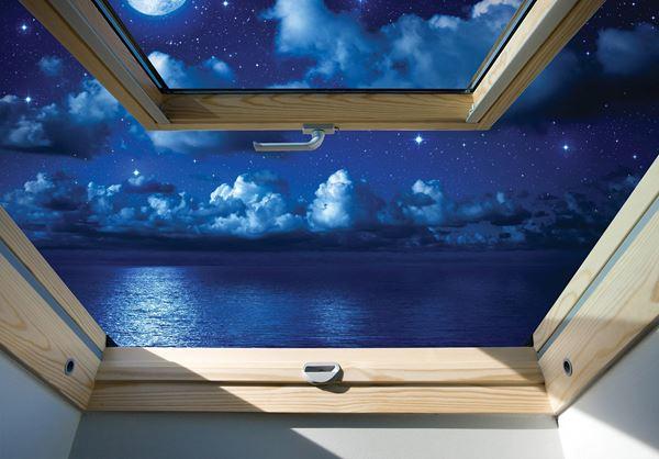 Obrazek Widok z okna na gwieździste niebo